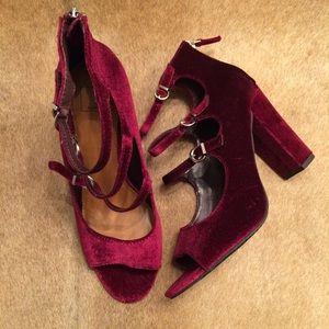 14th & Union Anya Strappy Block Heel